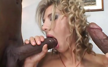 Blonde cowgirl double penetrated in a shunned interracial porn