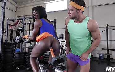 Ebony powerhouse Ana Foxxx fucked good together with hard at the gym