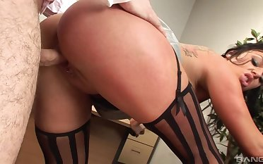 MILF with fine curves shows this man proper office porn