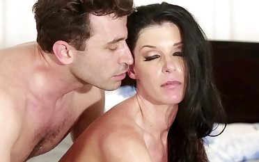 A sexy milf that has small tits gets heavens her nigh heavens someone's skin bed in the matter of fuck
