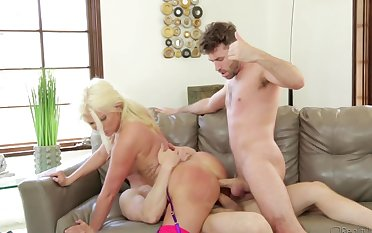 Beauteous fatty with a big swag gets nailed by one handsome guys