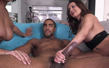 Latina cougars deal with giant dick and bleed for lot of joke