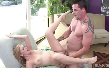 Me Coupled with My Stepdad Fuck While Mom Is Away Scene 1