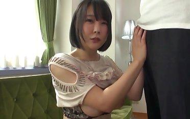 Throat fucking makes big-breasted Asian Hanyuu Arisa rather horny