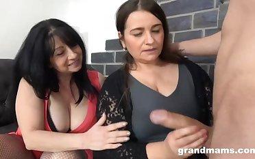 Mature Sluts With Big Tits Love Young Flannel - Big tits