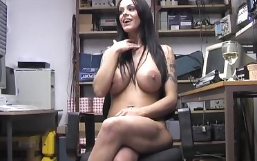 Dirty chick Victoria Brown opens her fingertips to pink her wet cunt