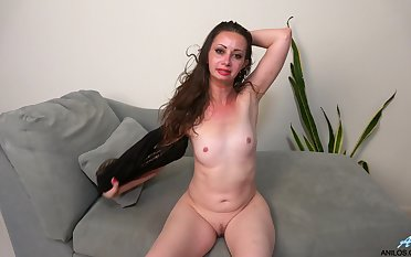 Horny solo matured Mia Molly plays nearby her shaved fuck hole
