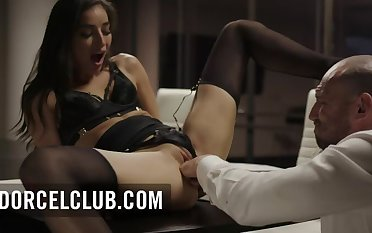 DorcelClub: Gorgeous tot Emily Willis does extra hours with her boss on PornHD
