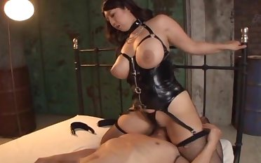Chubby Japanese girl crippling stocking having sex - Haduki Naho