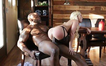 Intense interracial sex scenes along Bailey Brooke
