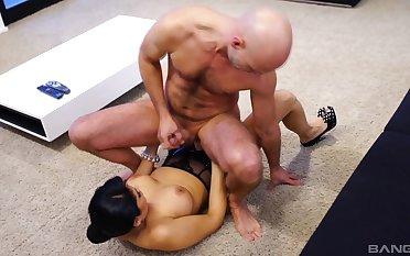 Busty brunette Mariskax pegs her man while jerking him off