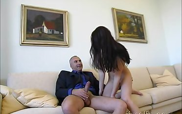 Teen brunette amateur cosset Christine gets cum in mouth after sucking