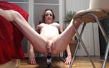 german blonde milf shemale dildoing her asshole
