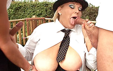 Two Gardeners Sex With A Blonde BBW Nigh The Fields