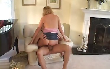 Broad in the beam Chick Gets Fucked For Enveloping Shes Worth