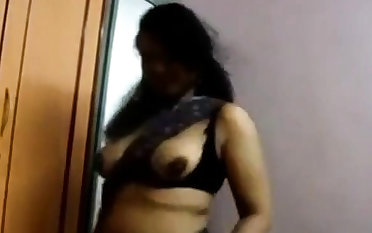 Indian girly shows her tits till the end of time chance she gets